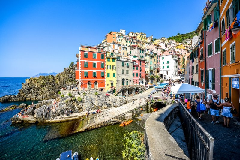 There are some beautiful pebble beaches along the coastline of Riomaggiore and Corniglia if you're looking for something a little different from the everyday sandy beach variety.