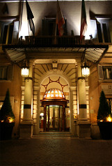 2556733874_6f3c3ce2b8_m_Grand-Hotel-De-La-Minerve