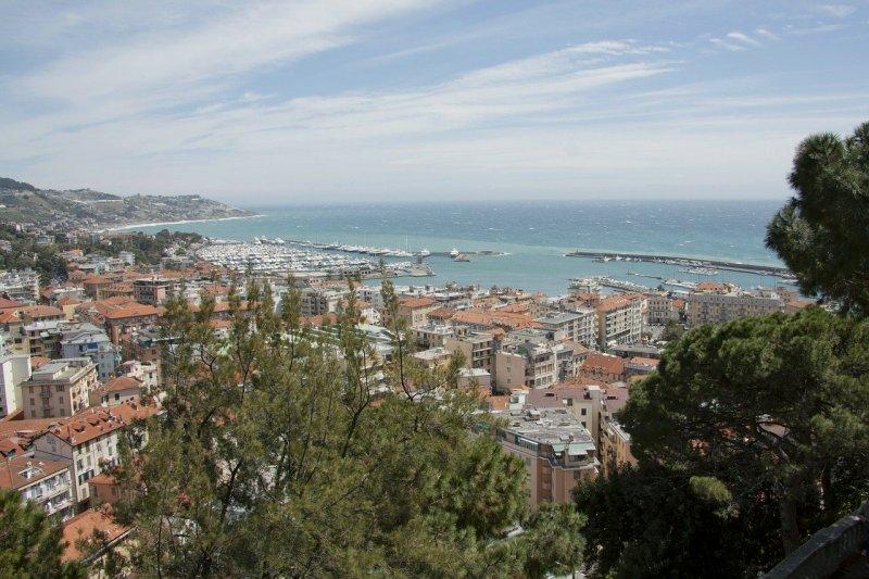San Remo, Italy's aspirant Monte Carlo, is a sun-dappled Mediterranean location with a grand belle-époque casino and lashings of Riviera-style grandeur.